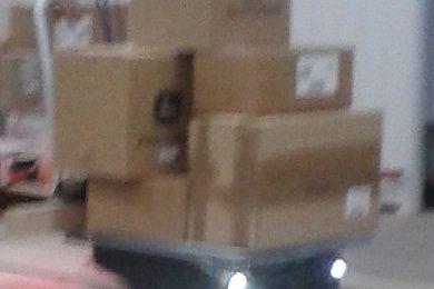 робот тележка в работе
